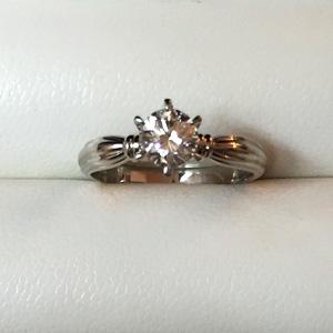「プラチナダイヤモンドリングを7万円でお買取りさせていただきました。」のアイキャッチ